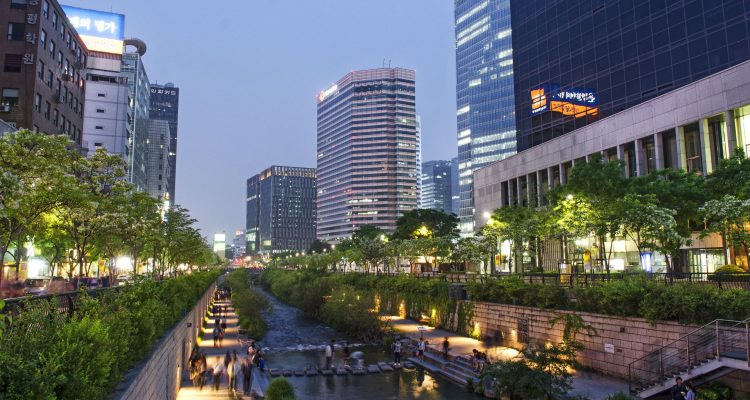 13652221 - cheonggyecheon stream in central seoul south korea