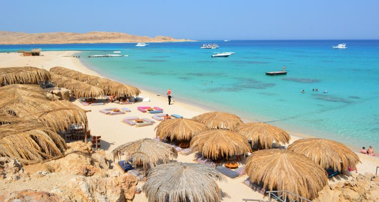 omar-attia-hurghada-red-sea-boats
